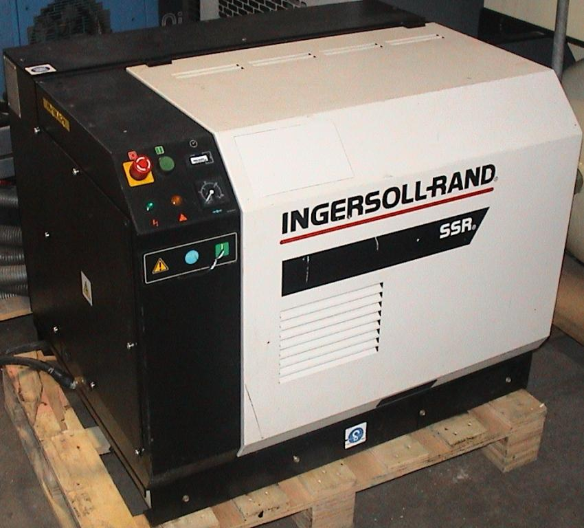 IR ML7.5 Screw Compressor
